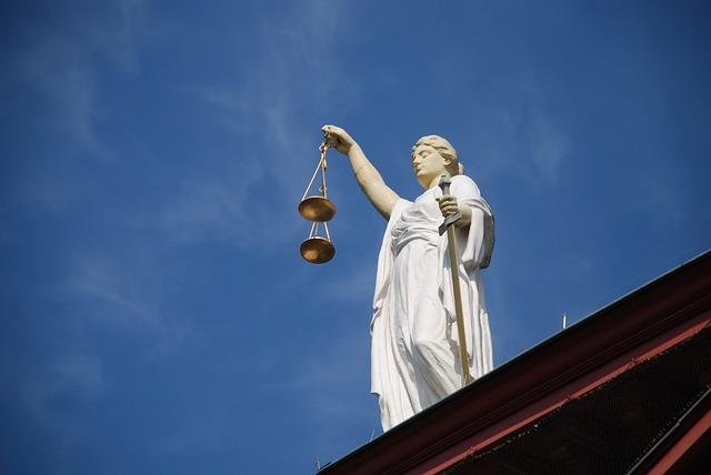 socha spravedlnosti.jpg